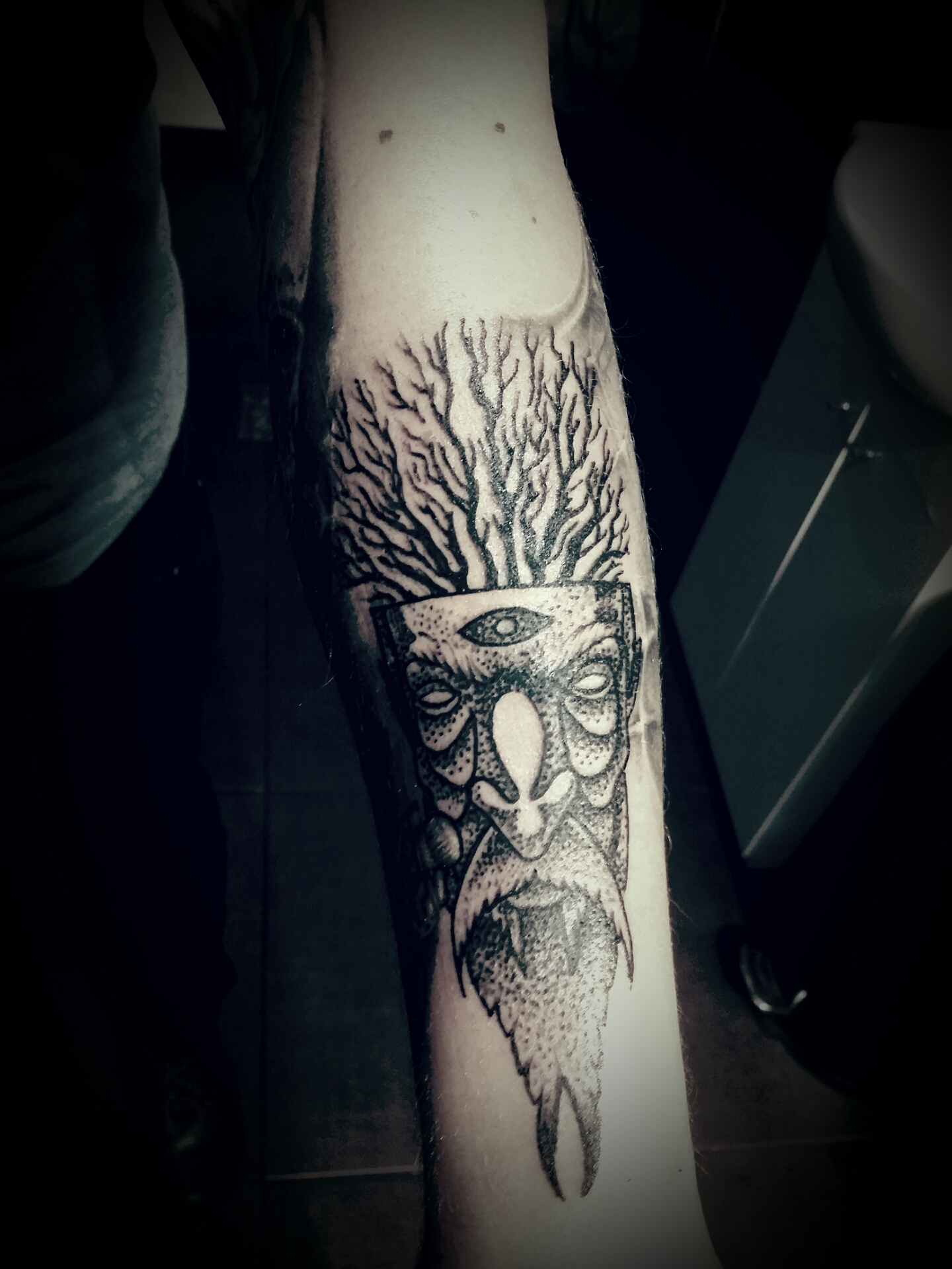 Tatuaz Szczecinek Drzewo Pracownia Tatuażu Artystycznego
