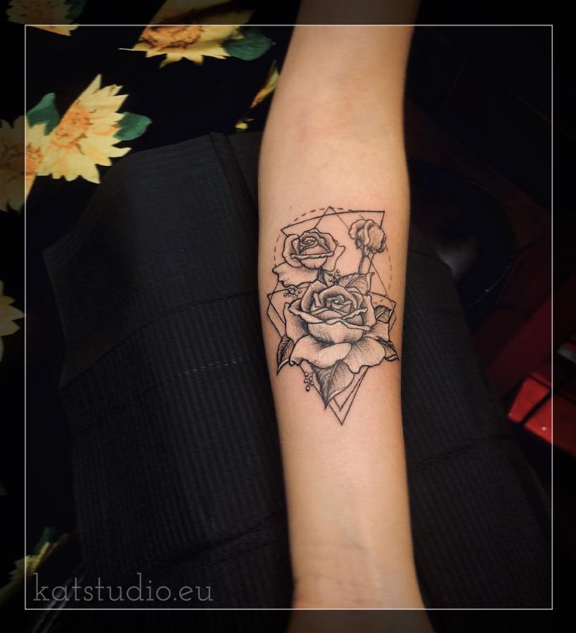 róże i trójkąty