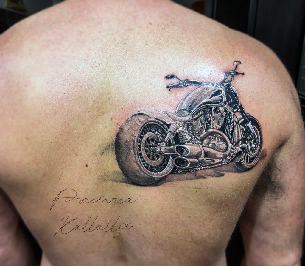 tatuaż motocykl