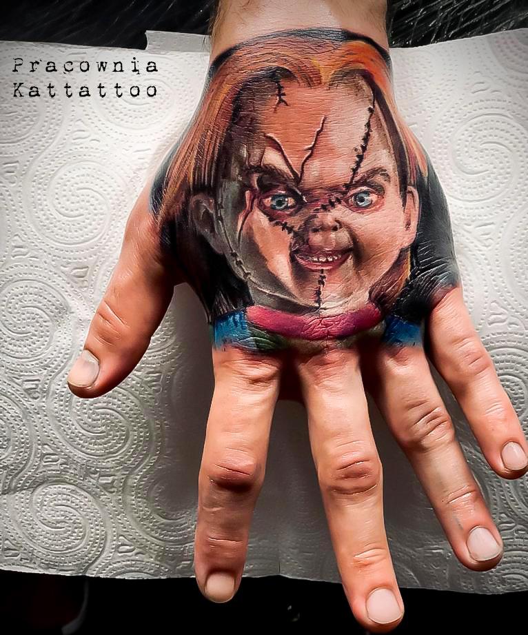 tatuaż laleczka chuchy
